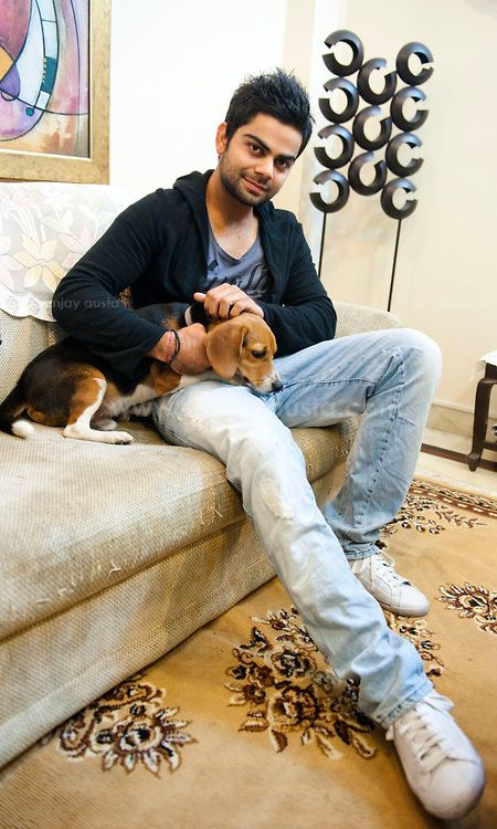 Virat Kohli and his dog | Veethi - and u love beagles! come here ...I want u