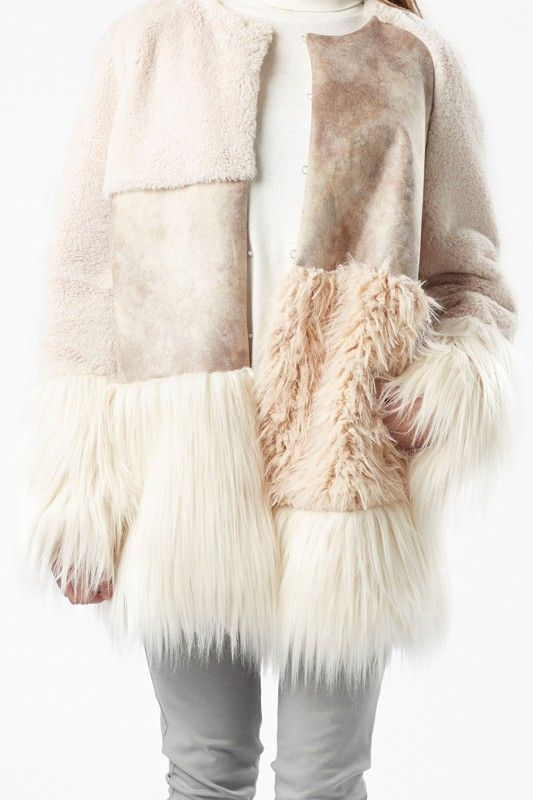 JULIA JUNE COAT GARANCE -- OFF-WHITE FAKE FUR PATCHWORK