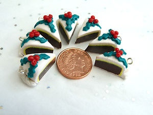 4 x FIMO / polymer clay sweet Christmas cake charms | eBay.      Also on Facebook Lollyloo's Sweet Treats.