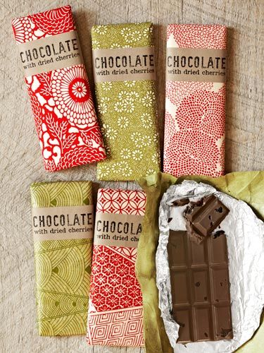 Plain label over pattern background DIY Tart-Cherry and Dark Chocolate Bars - Country Living  #food_gifts