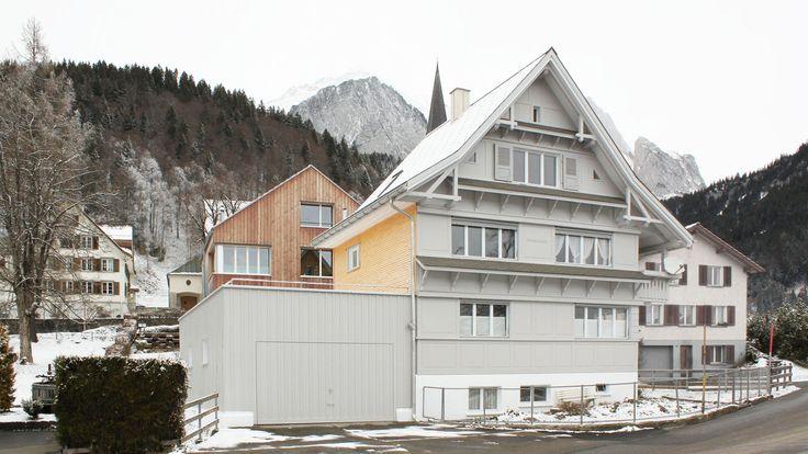 Umbau Ferienhaus in Wildhaus: auf der Garage entsteht eine neue Dachterrasse.