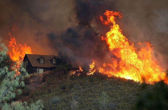 Thomas Fire Becomes Largest Blaze in California's History