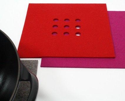Perforated table-mat - Bouwjaar '63