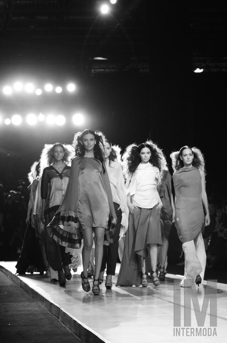 Si eres diseñador, empresario, fabricante, comprador dentro de la industria del vestido, IM Intermoda 2012, es el lugar indicado para impulsar nuevos talentos, aumentar ventas, crear negociaciones y consolidar marcas