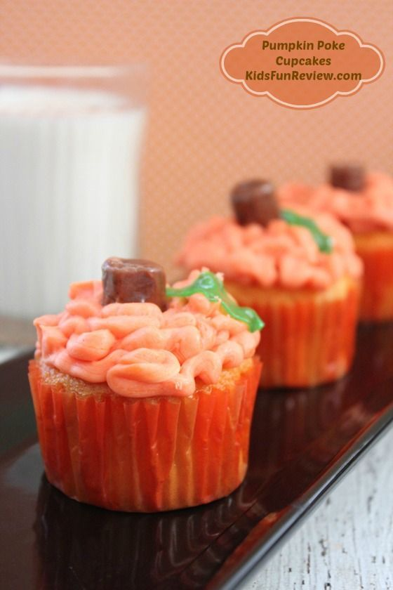 Pumpkin poke cupcake recipe fun for fall parties for Fun and easy thanksgiving dessert recipes