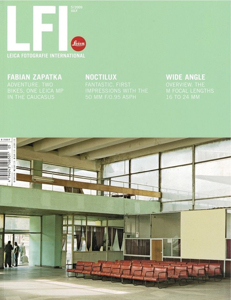 LFI : Leica Fotografie International Magazine 5/2009. English Edition Articles/Topics include... - Fabian Zapatka: Seven Week Bike Trip Through Georgia and Armenia - Annibale Greco: India's Biggest La
