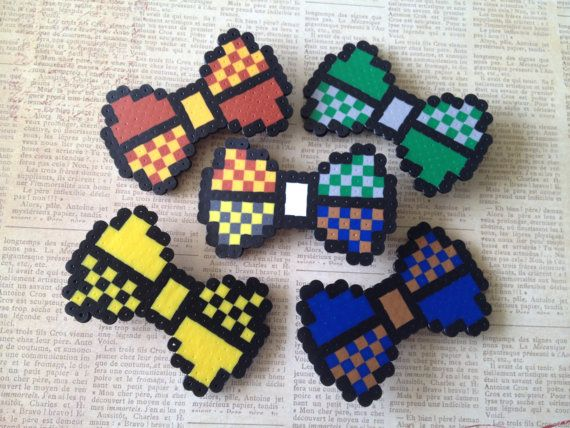 """A """"Commit to 8-Bit"""" Hair Bow - Houses of Hogwarts"""