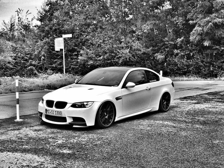 BMW E92 M3 white b&w slammed   Bmw, Bmw car, Motorsport