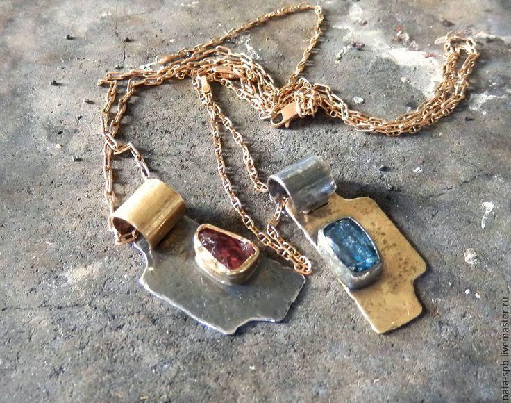 Купить TOGETHER пара кулонов (шпинель, кианит, серебро, золото, латунь ) - кулон крест
