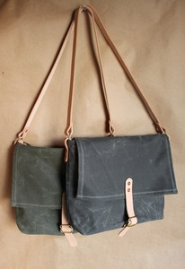 Inspired by classically designed WWII shoulder satchels and vintage Australian postman bags,