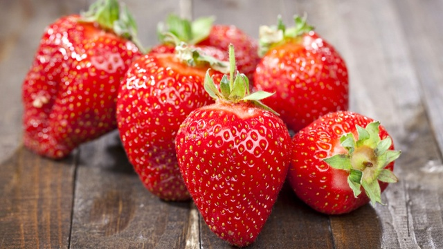 """strawberries can help mitigate the stomach-punishing effects of alcohol consumption, and could even help improve the treatment of stomach ulcers.  """"the positive effects of strawberries are not only linked to their antioxidant capacity and high content of phenolic compounds, but also to the fact that they activate the antioxidant defenses and enzymes of the body."""""""