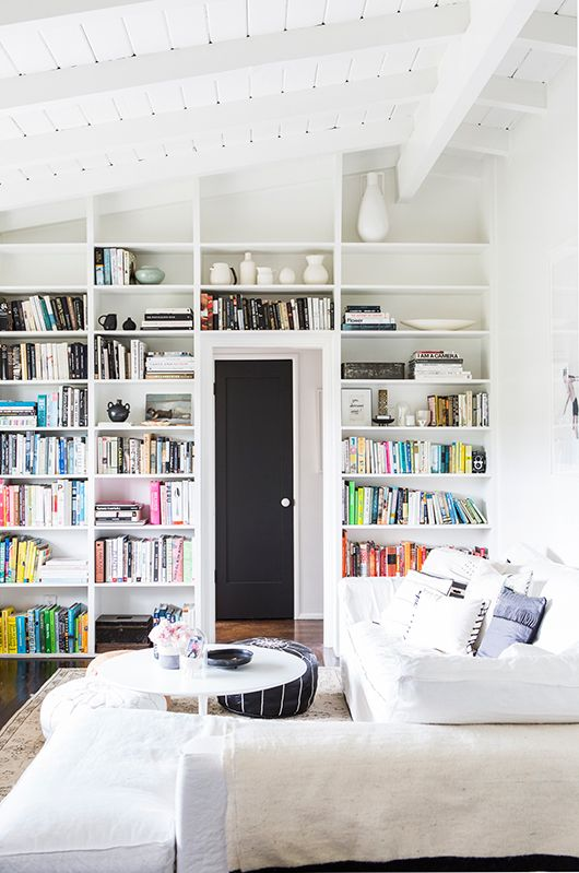 Book shelves in the relaxed and light-filled L.A home of Victoria from SF Girl By Bay. Laure Joliet.