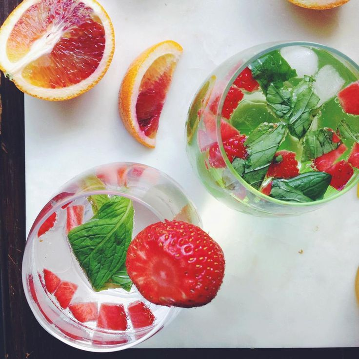 Strawberry Mint Sparkling Water