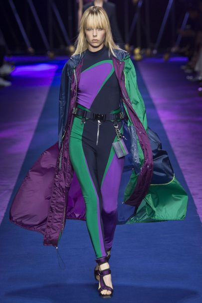 Versace Spring/Summer 2017 Ready-To-Wear Collection | British Vogue