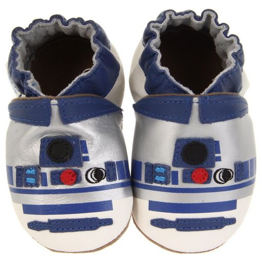 R2D2 baby shoes. Check out the 2012 Ultimate Gift Guide for Baby Nerds and Geeky Parents! Learn more: http://www.withings.com/en/babymonitor