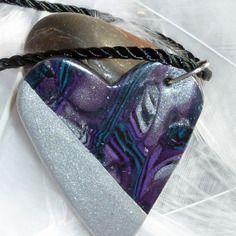 Collier coeur en argile polymère fimo