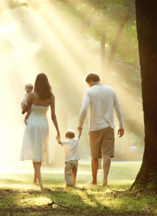 """Family photography """"walking away"""" with beautiful sunlight shining through.  #photography #photoshoot #outdoors"""
