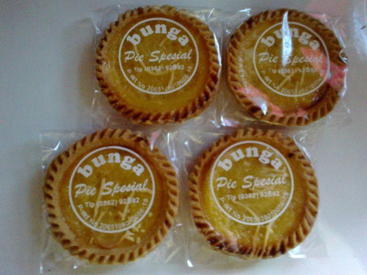 Pie susu bali: Penjual Pie Susu Khas Bali Di Tegal