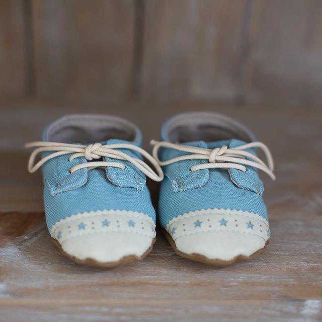Baby's first shoes...the perfect 'ornament' for a shelf! #beautifulbabiesrooms #book #nursery #babyroom #kidsroom #decor #inspiration @nestdesignstudio
