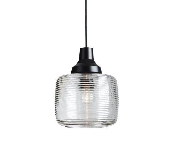 La lampada New Wave è una lampada prodotta dal brand Design by us. Prodotta in vetro soffiato.Questa bellissima e preziosa lampada in vetro soffiato e dipinta a mano con un bordo d'argento con una base nera verniciata, dettaglio che la rende ancora più unica e bella E 'davvero semplice e raffinata nelle sue linee formali. Potete decorare i tuoi ambienti con eleganza e funzionalità.Fonte luminosa: E27 max 40 watt. 2,5 m cavo tessile nero.