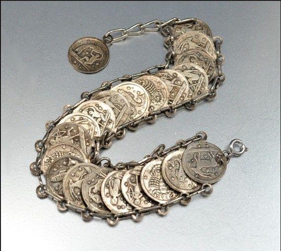 https://i.pinimg.com/736x/c1/b9/f2/c1b9f22c0eb6317ecd1c3732765ce0a9--coin-bracelet-jewellery-maker.jpg