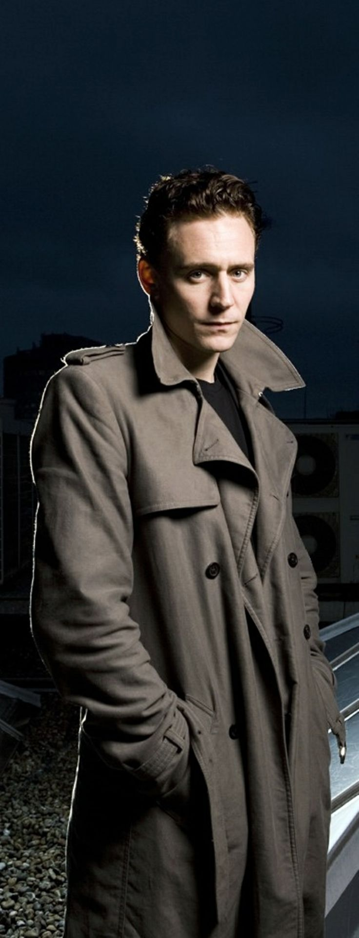 Tom Hiddleston... looking a little like a flasher... but that's okay, he can flash me if he wishes ;D x