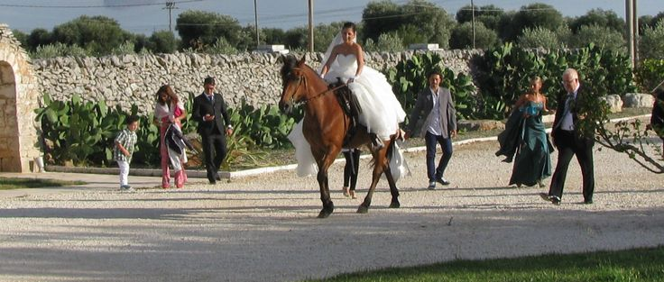 Arriva la Sposa ! Masseria Quis Ut Deus country wedding