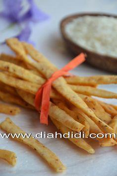 Diah Didi's Kitchen: Cheese Stick Pedas Empuk dan Renyah
