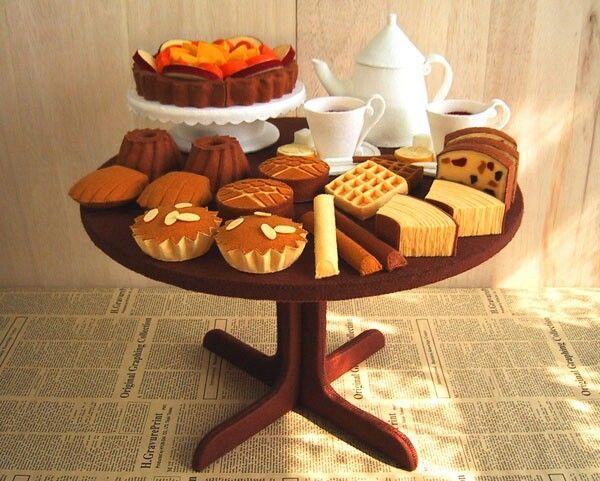 Felt food breakfast treats almond cake waffles fruitcake ladyfingers cheese tarts display cups saucers teapot