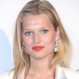 Toni Garrn (German, Model) was born on 07-07-1992.  Get more info like birth place, age, birth sign, biography, family, relation & latest news etc.