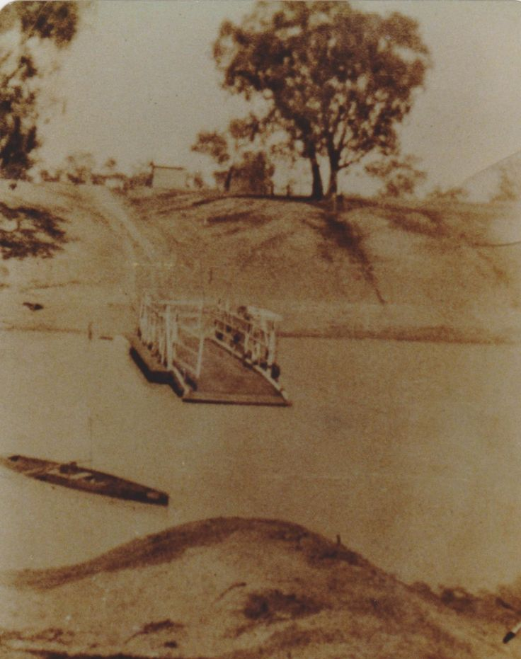 Louth Punt, NSW. 1936.