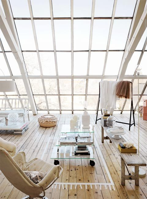 Lots of light! If somebody offered to give me this house, I would not say no. Swedish interior designer Lanna Lagerman