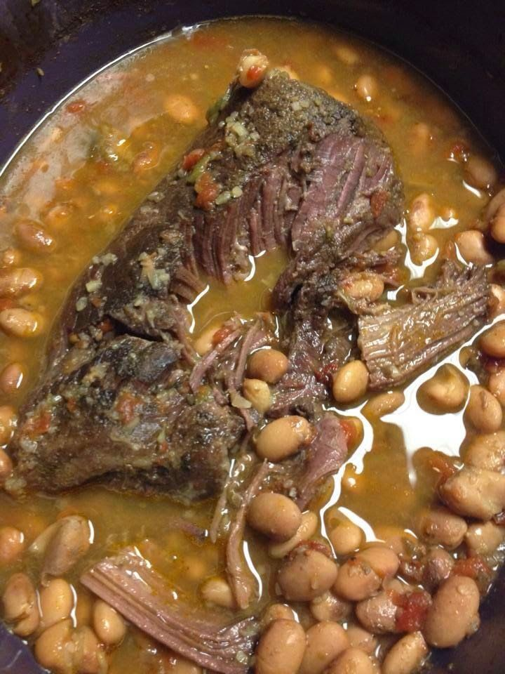 Crock Pot Roast with Pinto Beans         Ingredients :   Roast-   2 lb. Pot Roast   2 Cups dry raw pinto beans  1 ca...