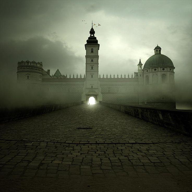 Castle by Tomasz Zaczeniuk on 500px
