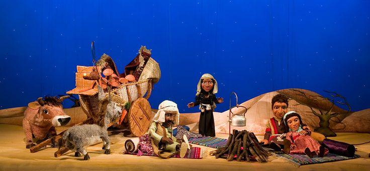 """Urmel und Jim Knopf sind zurück? Nein, aber die Augsburger Puppenkiste bringt an den Adventssonntagen """"Die Weihnachtsgeschichte"""" in die Kinos. Ein Film, der ganz ohne bonbonfarbenen Kitsch und ohne Computer-Animation aus dem Hause Walt Disney auskommt. / Die Weihnachtsgeschichte - in einer Inszenierung der Augsburger Puppenkiste / Foto: FS Kiko"""