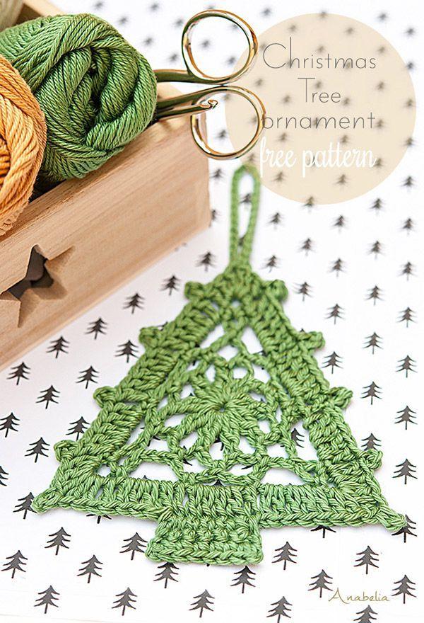 Crochet Christmas Tree free pattern, Anabelia Craft Design  Leuk om een gedeelte hiervan als vlaggetje te gebruiken (omgekeerd)