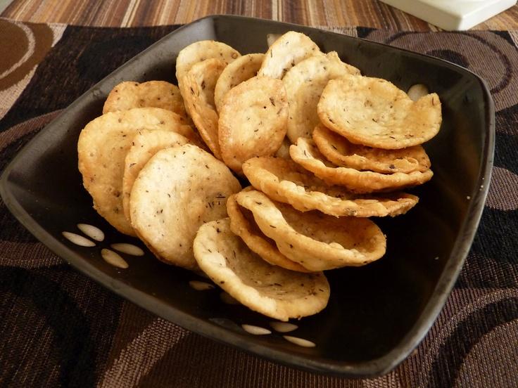 Make a Crispy FarsiPuri for Tea time Snack.........Click on below link..........  http://www.easyindianfoodrecipes.info/recipe/farsi-puri-a-crispy-and-delicious-breakfast.html
