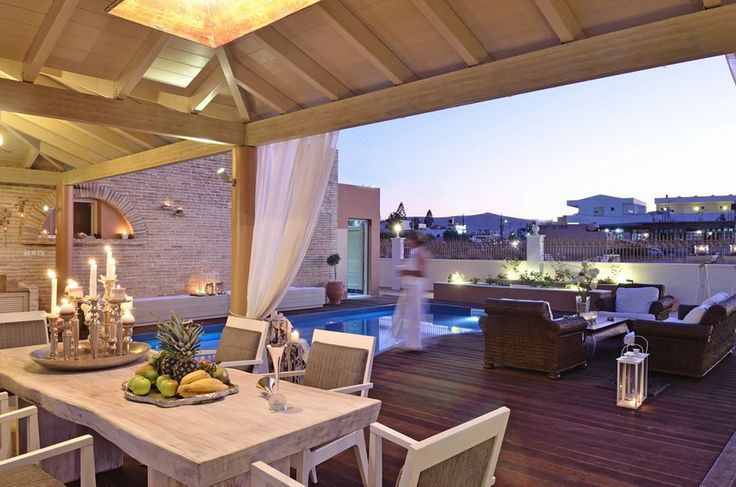Maria Luxury Villa to rent in Heraklion, Crete island. The Villa Maria is located 500 m away from the beach of Gouves in a landscape that combines mountain and seaside. It is the ideal solution for a carefree vacation. Maria Villa is a luxurious