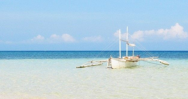 Punta Bulata White Beach Resort and Spa http://www.bacolodtravelguide.com/punta-bulata-resort-white-beach-resort-and-spa/