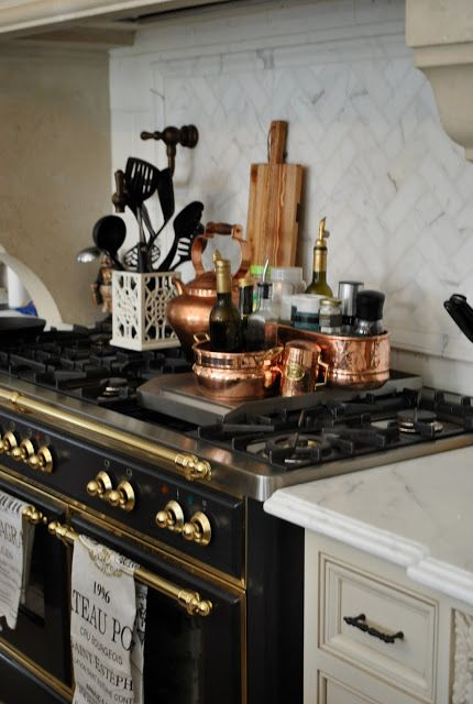 La Cornue CornuFé 1908 Stove, Matte Black copper accessories