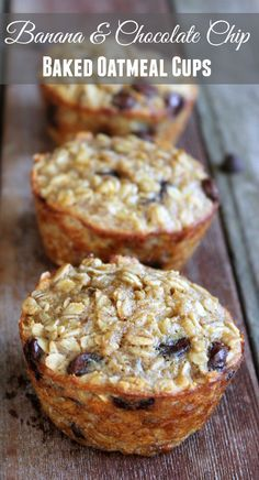 Banana and Chocolate Chip Baked Oatmeal Cups! 202 calories and 6 weight watchers points plus