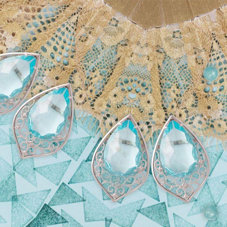 Blue Topaz and Crystal Quarz are this summer's brightest jewelry trend / El topacio azul y el cuarzo cristal son perfectos para tu look durante el verano. #SendaNellyRojas #EsenciaCarmesi #jewelry #SendaSummer #BlueTopaz #Silver #HandMade #AuroraEarrings