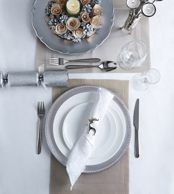 Classic Paul Costelloe Living table set in wintry grey and white tones