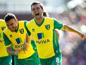 Report: Norwich City tell Leeds United to pay £5m for Jonny Howson