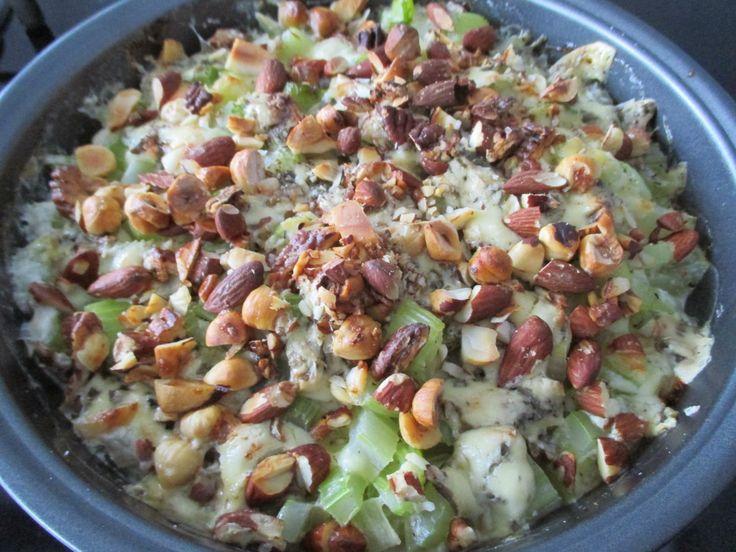Tinskun keittiössä: Selleri-pähkinäpaistos