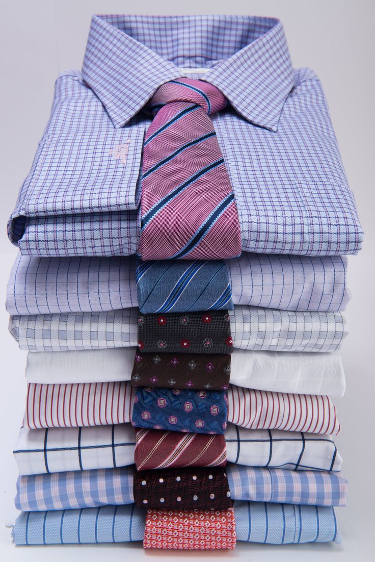 A useful guide on How to Match a Tie with a Dress Shirt, including Solid Shirts, Striped Shirts and Checkered Shirts.