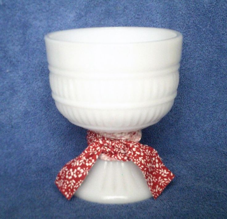 Vintage Milk Glass Pedestal Planter Vase Ribbed Red White Fabric Ribbon