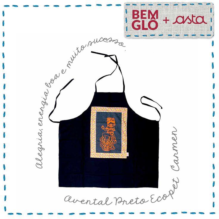 Sou uma homenagem à primeira artista sul-africana que teve uma estrela na calçada da fama e que recebia o maior salário feminino nos Estados Unidos, Carmen Miranda! . #momentobemglo #bemglo #redeasta #avental #eco #ecopet #carmenmiranda #estilo #artesanato
