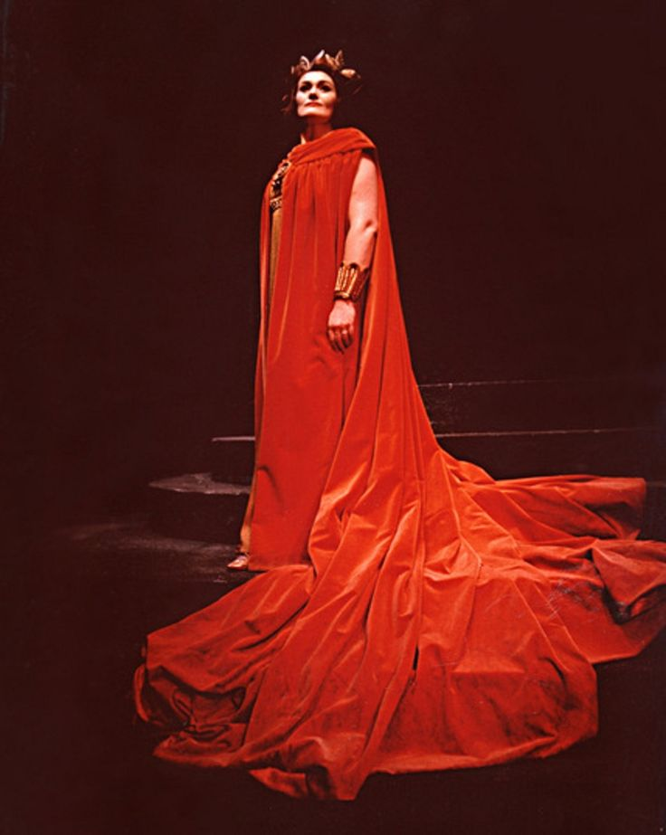 Joan Sutherland as Norma, Vancouver Opera, 1963. This was the cover shot of her first recording of Bellini's masterpiece, released the following year.