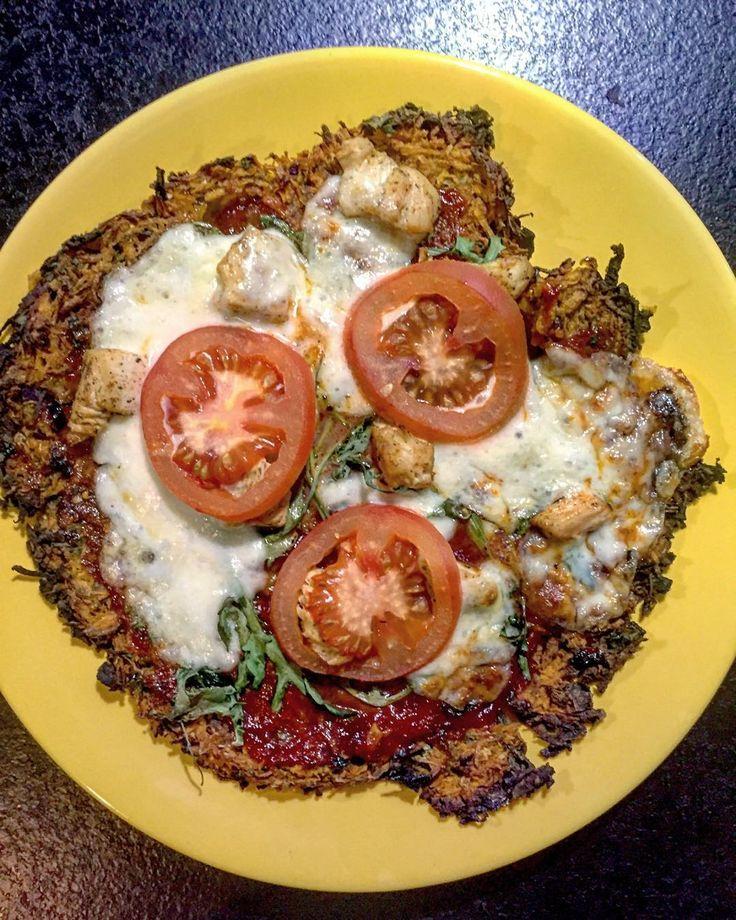 Pyszności! Mój numer 1. #pizza batatowa #foodporn #yam #dinner #kozak#masterchef  zmodyfikowany przepis od @ewelina880222 #bataty moim nowym przysmakiem #pizzalovers #glutenfree #glutenfreelife #sweetpotato #rukola by madlenkozak